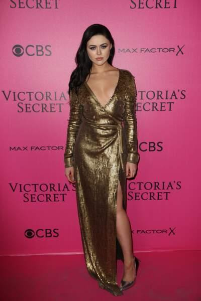 Défilé Victoria's Secret : la blogueuse et égérie L'Oréal Kristina Bazan