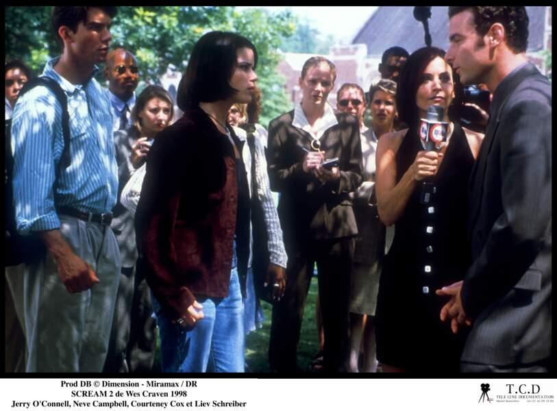 Scream a 20 ans : Liev Schreiber (tout à droite) à l'époque, ici dans Scream 2, à 30 ans