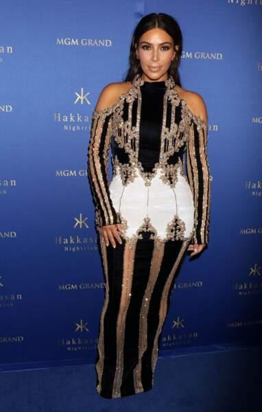 Bienvenue chez Kim Kardashian Luminaires, que puis-je pour vous ?