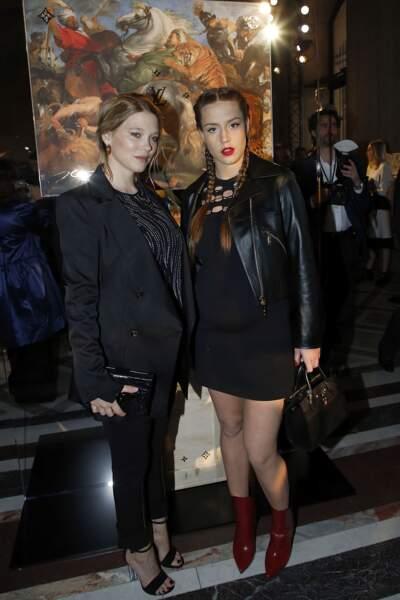 Soirée Louis Vuitton x Jeff Koons au Louvre : Léa Seydoux et Adèle Exarchopoulos