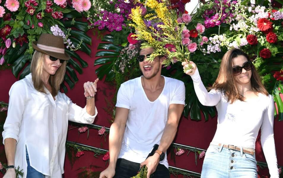 Tonya Kinsinger, Rayane Bensetti et Denitsa Ikonomova à la Parade des Fleurs à Nice