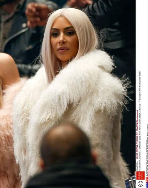 Vous n'étiez pas là? Kim Kardashian vous juge.