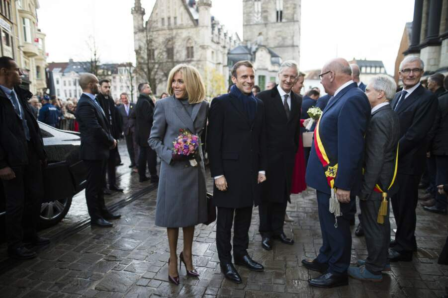 Emmanuel et Brigitte Macron lors de leur arrivée en Belgique