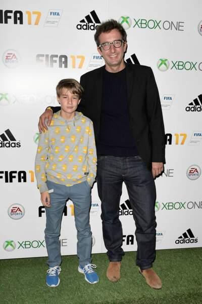 Soirée de lancement FIFA 2017 : Cyrille Eldin et son fils