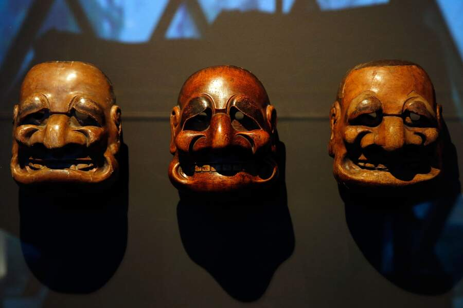 Jacques Chirac : ces masques du XVIIIe siècle semblent avoir été calqués sur lui
