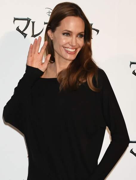 5 (ex-aequo) : Angelina Jolie, 18 millions de dollars