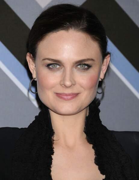 Emily Deschanel alias le Dr Temperance Brennan dans Bones