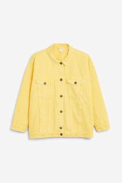 Veste en jean jaune, Monki, 50 euros