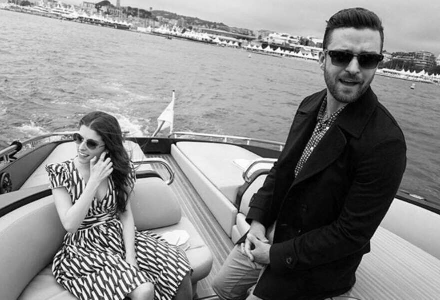 Insta Cannes 2016 : Anna Kendrick s'enjaille avec Justin Timberlake à bord d'un bateau.