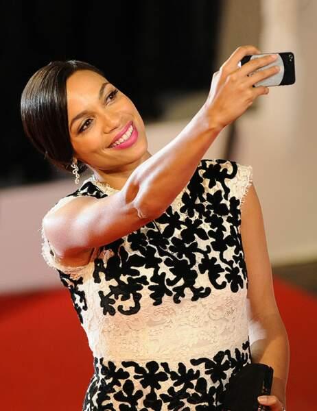 Le selfie sur le tapis