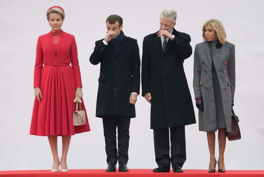 Emmanuel Macron et Philippe de Belgique auraient mieux fait de se couvrir un peu plus