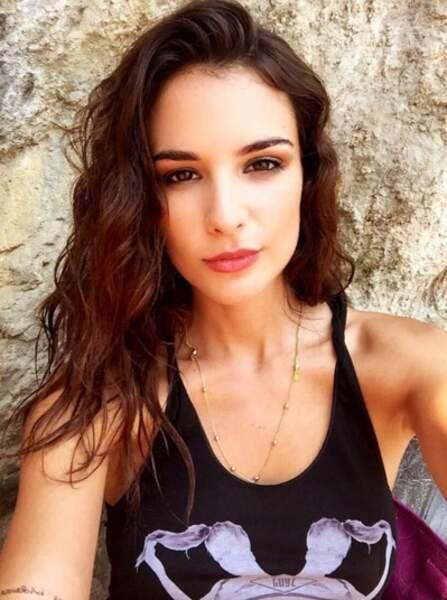 Jade Leboeuf : topless puis en petit bikini, elle enflamme Instagram
