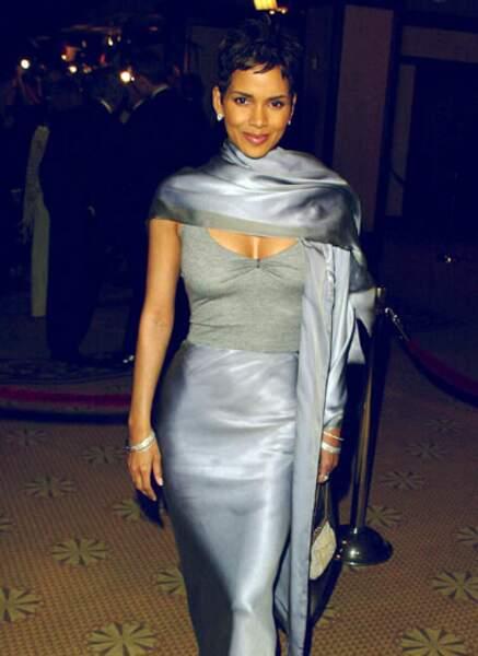 Halle Berry époque James Bond (2002)
