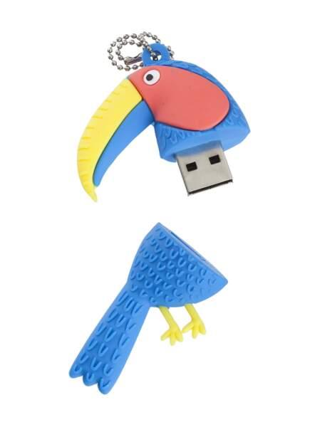 Clé USB. 8,50€, HEMA.