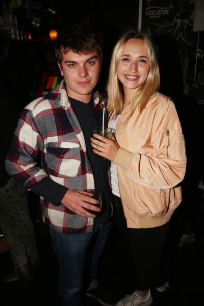 Zacharie Chasseriaud et Chloé Jouannet à la fête de fin de tournage de la saison 3 de Dix pour cent