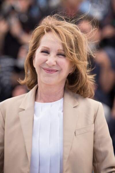 Festival de Cannes 2016 :  Nathalie Baye en mode iconique chic