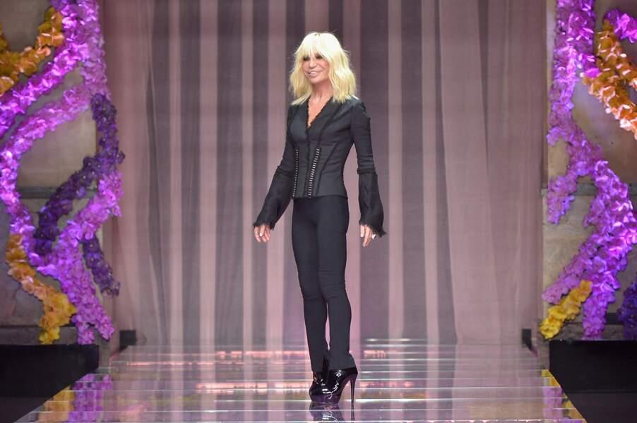 La maîtresse de cérémonie, Donatella Versace
