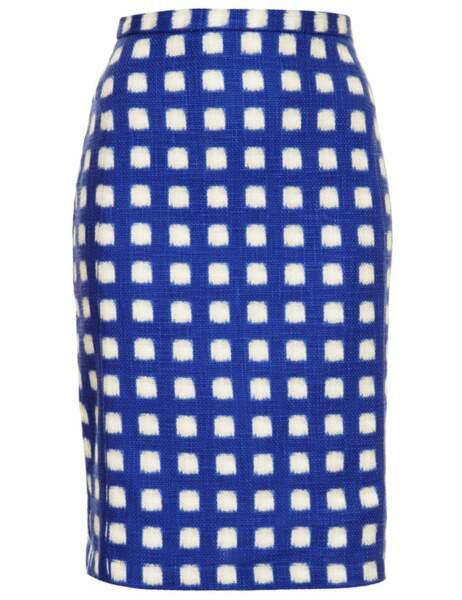 Jupe à carreaux bleu et blanc, 52 € (Topshop)
