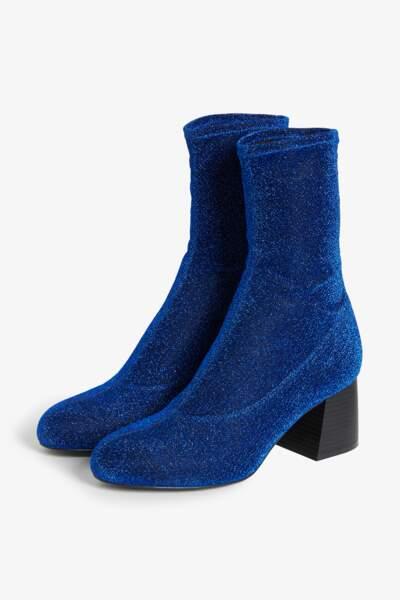 Bottines chaussettes à paillettes, Monki, 25€