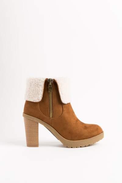 Boots façon daim. 24,99€, Tati.