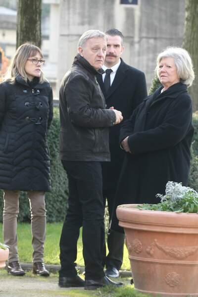 Obsèques de Thierry Sechan au cimetière Montparnasse : David Séchan, le frère jumeau de Renaud