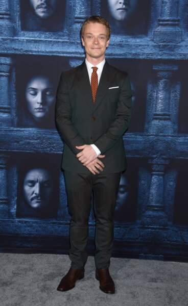 Alfie Allen (Theon Greyjoy de Game of Thrones)