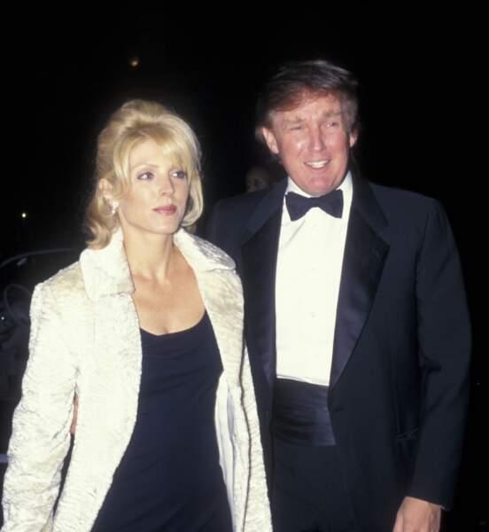 Donald Trump interdit la sortie du livre de sa deuxième épouse, Marla Maples, qui parlait de leur mariage