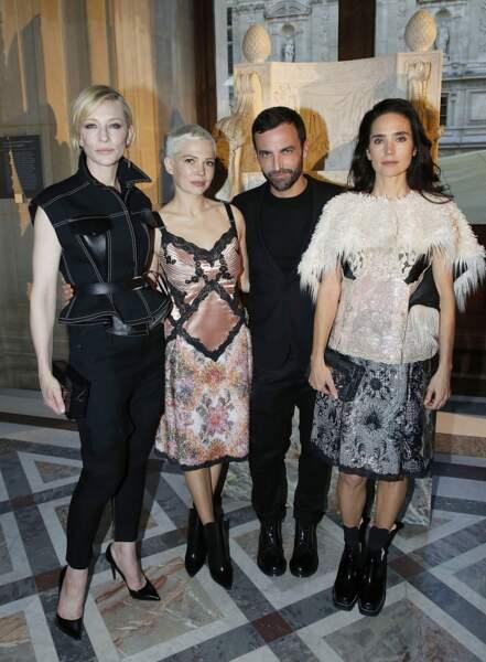 Soirée Louis Vuitton x Jeff Koons au Louvre : C. Blanchett, M. Williams, N. Ghesquiere et J. Connelly