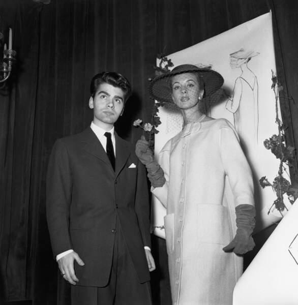 L'évolution physique de Karl Lagerfeld : le créateur en 1954