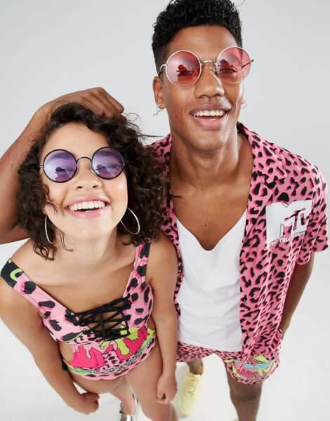 ASOS x MTV : maillot de bain lacé et chemise oversize, 43,99€ et 47,99€