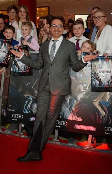 Avant-première de Captain America: Civil War - Robert Downey Jr alias Iron Man (et toujours aussi cool !)