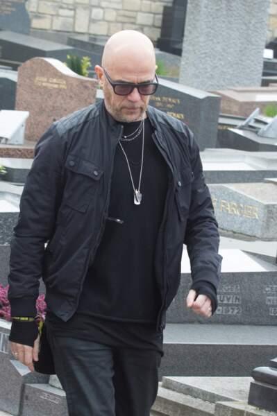 Pascal Obispo, à l'enterrement de Véronique Colucci au cimetière de Montrouge, le 12 avril 2018