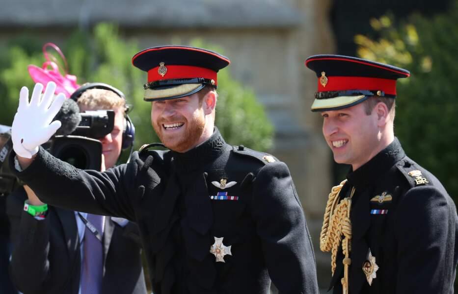 L'arrivée du prince William et du prince Harry au château de Windsor