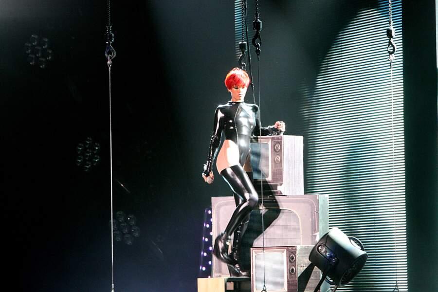 Rihanna sort de son donjon