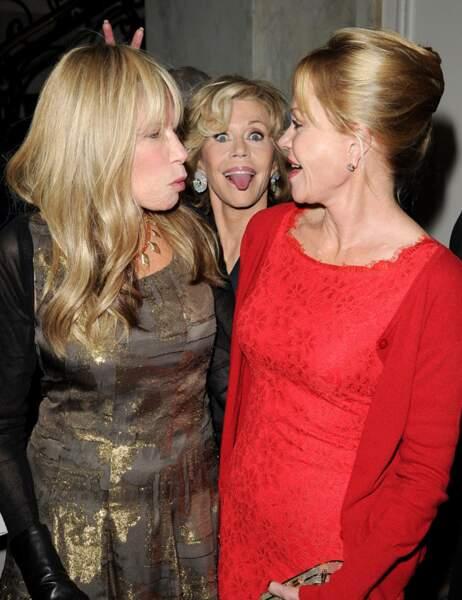 Coucou Jane Fonda ! (derrière Melanie Griffith et Carly Simon)