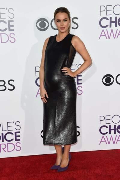People's Choice Awards 2017 : Camilla Luddington (Grey's Anatomy) en Heidi Merrick