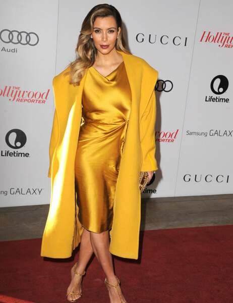 Kim Kardashian, toute d'or vêtue