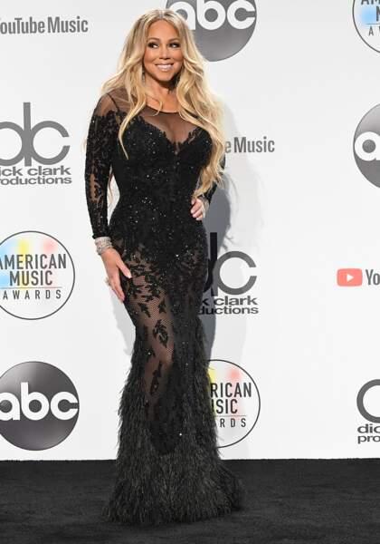 Mariah Carey fait sensation sur le tapis rouge