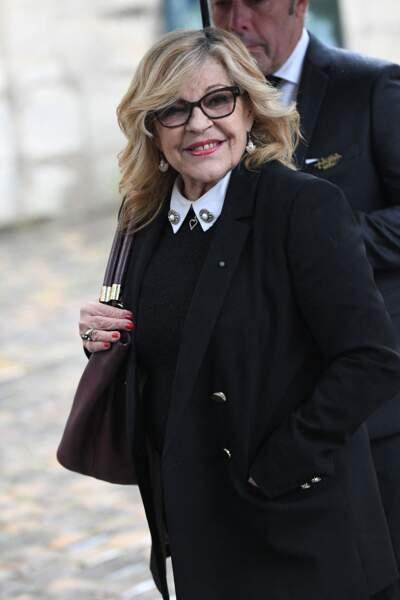 Nicoletta aux obsèques de Dick Rivers à Paris