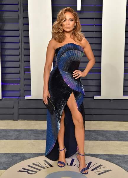 DO - Jennifer Lopez et sa robe sensuelle