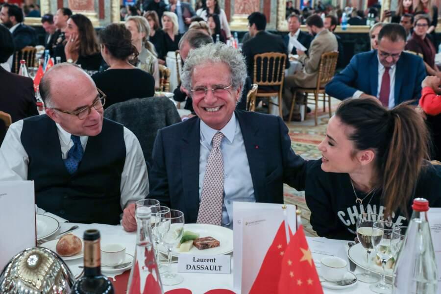 Ravie de faire de nouvelles rencontres, Capucine Anav était assise à la table de Bernard Cazeneuve.