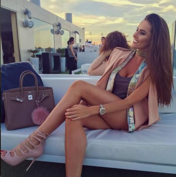 Euro 2016 : voici la très sexy Célia Jaunat, compagne du joueur polonais Grzegorz Krychowiak