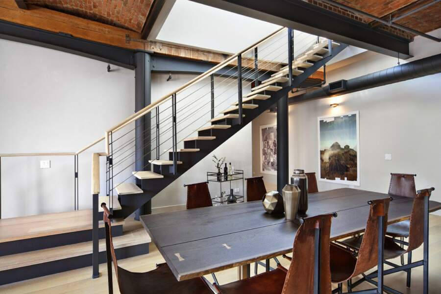La salle à manger du penthouse de Zayn Malik