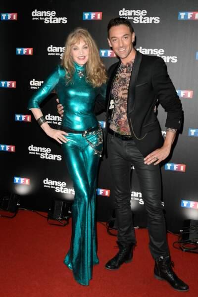Danse avec les stars 8 - Arielle Dombasle (et sa robe en peau de truite) dansera avec Maxime Dereymez