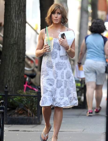 En même temps, Jennifer Aniston sait comment entretenir sa jeunesse : un peu de jus de citron, et ça repart !