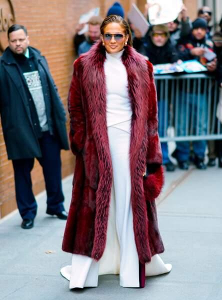 Don't - Jennifer Lopez et son look bling