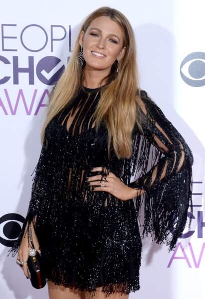 People's Choice Awards 2017 : Blake Lively a reçu le prix de la Meilleure Actrice Dramatique