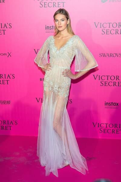 Défilé Victoria's Secret : Sanne Vloet