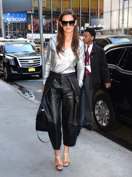 Les don'ts de la semaine : le pantalon large - Katie Holmes