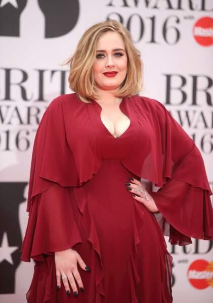 Adele qui a raflé tous les prix dont celui du décolletée le plus ravissant de la soirée